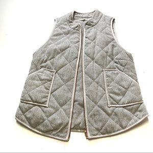 41 Hawthorn grey vest
